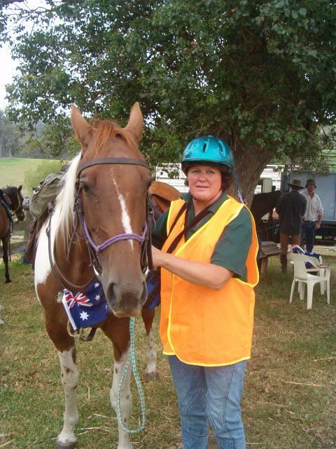 PAuline and Mare Skirmish at Start of Aust Day ride 2007