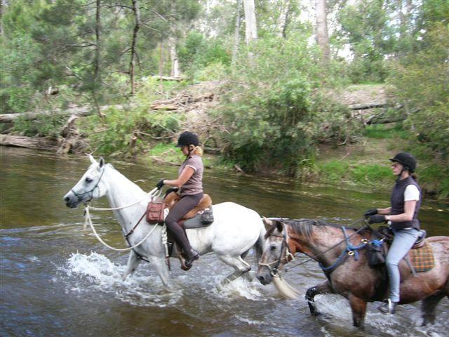 Vicki & Penny crossing Buckenbora River