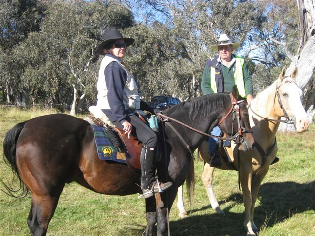 Don and Maree ready to ride out